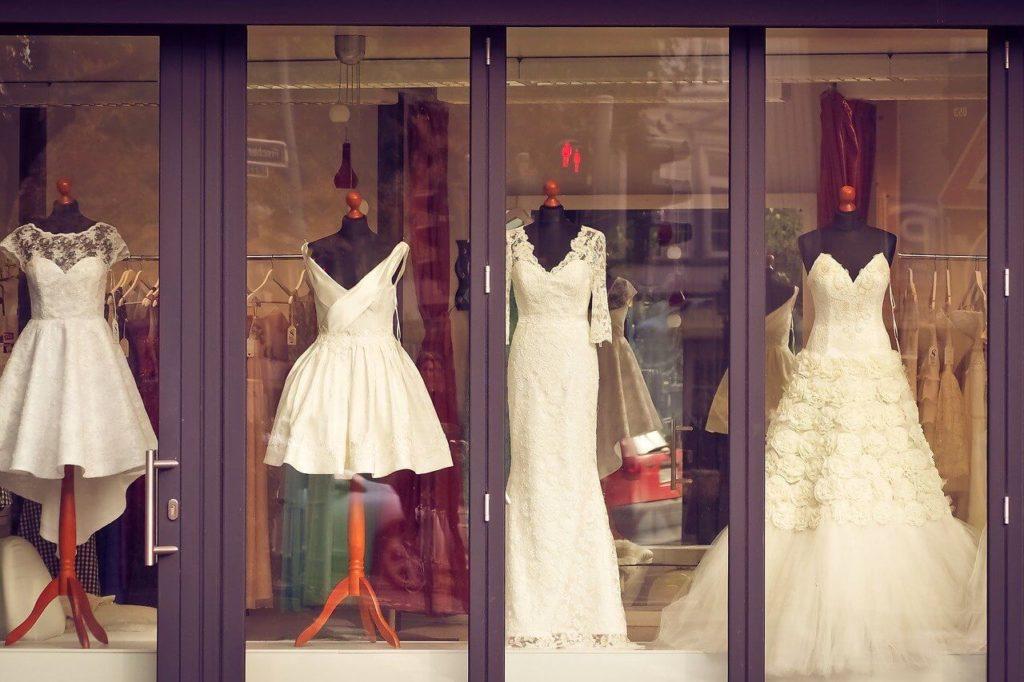 ベースのドレス選び